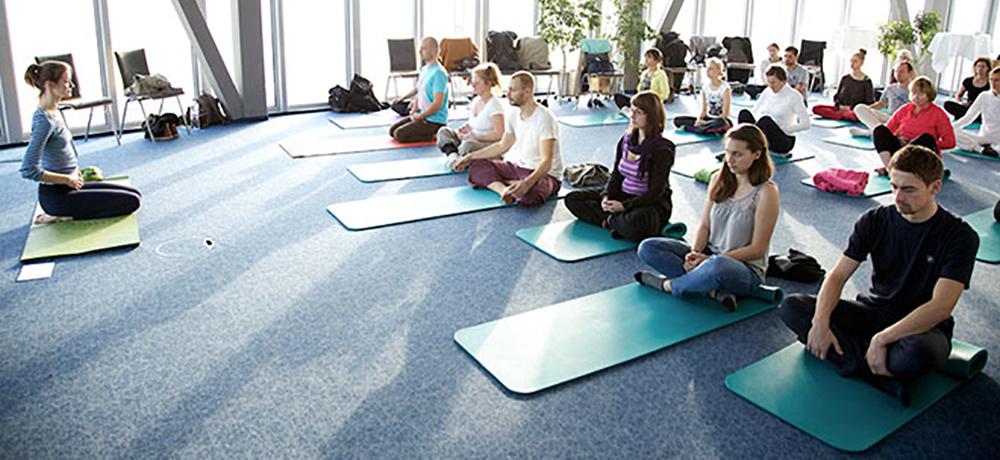 Yoga terapia aziendale - CONSALP Comunicazione & Benessere